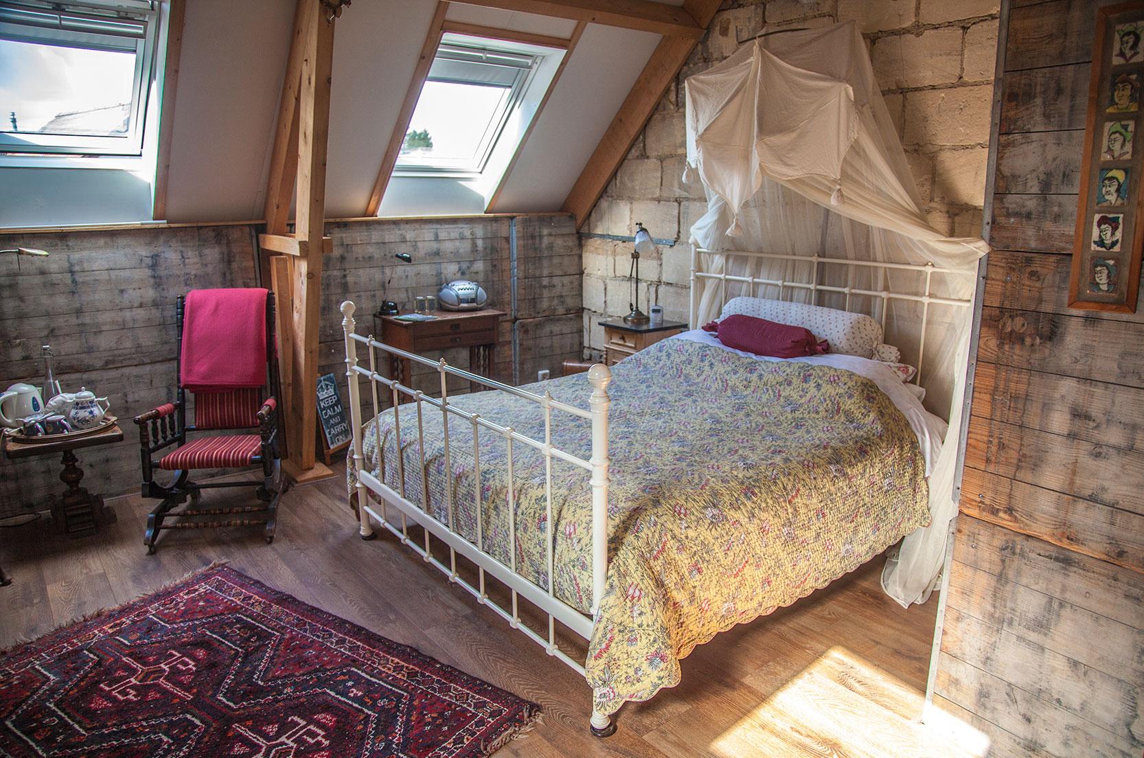 bedroomattic-bed