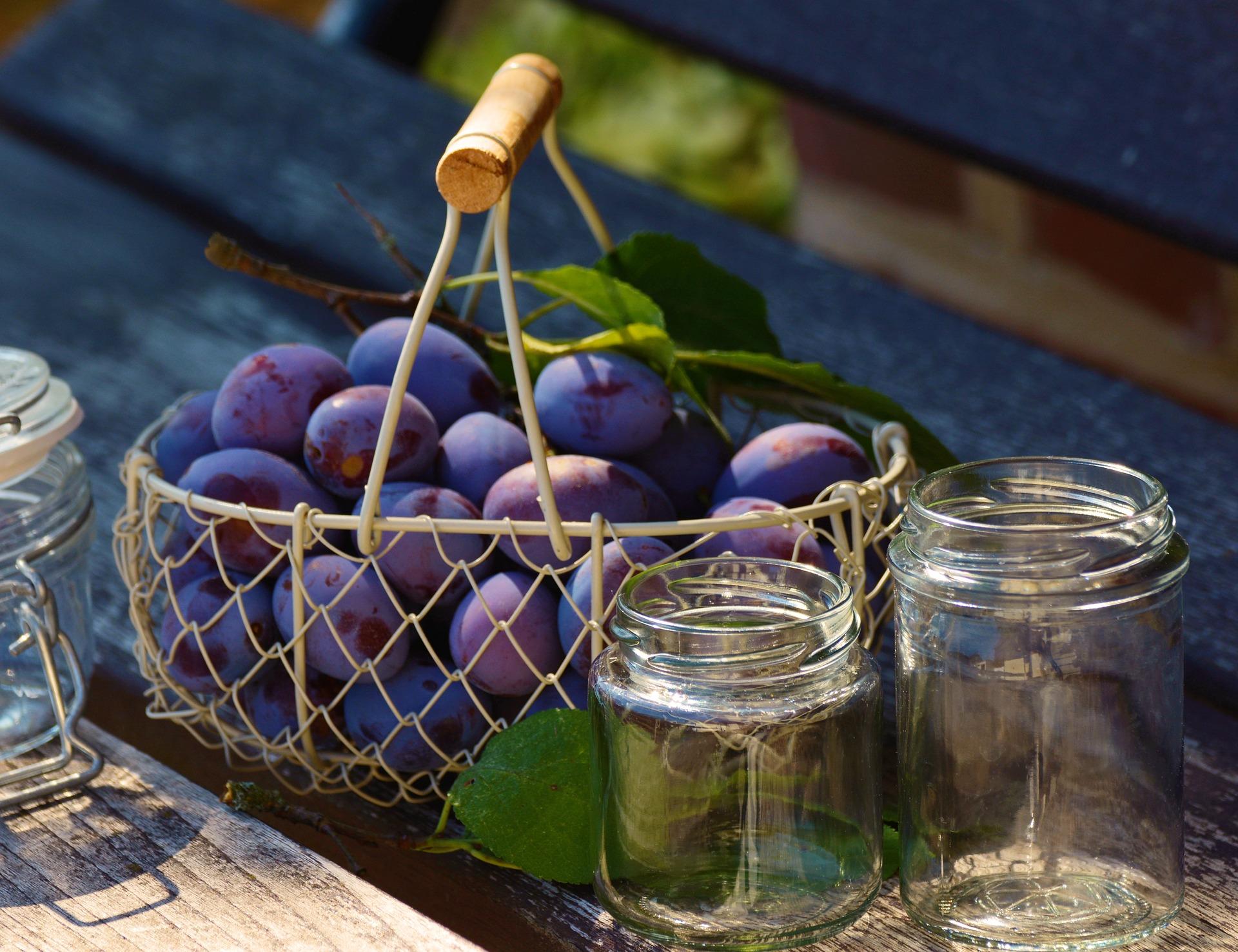 plums-jam